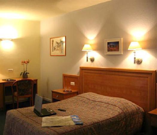 Hotel Restaurant Aux Bruyeres: Appartement suite familial