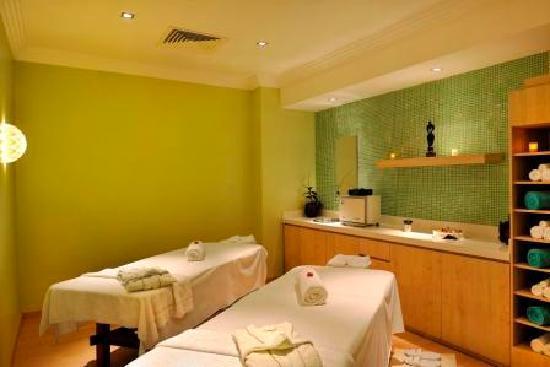 Four Points by Sheraton Lagos: Spa couple treatment room