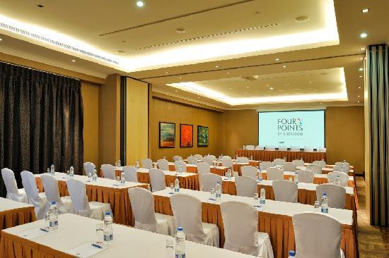 Four Points by Sheraton Lagos: SUN Meeting Room