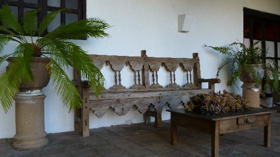 Parador San Juan de Dios : solo mobili d'epoca