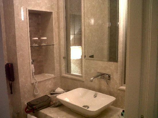 Titanic Business Kartal : Bagno