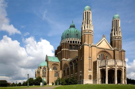 ‪Basilica of the Sacred Heart‬