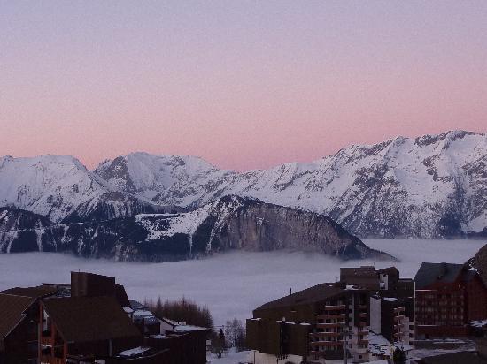 Club Med L 'Alpe d'Huez la Sarenne : view from our room