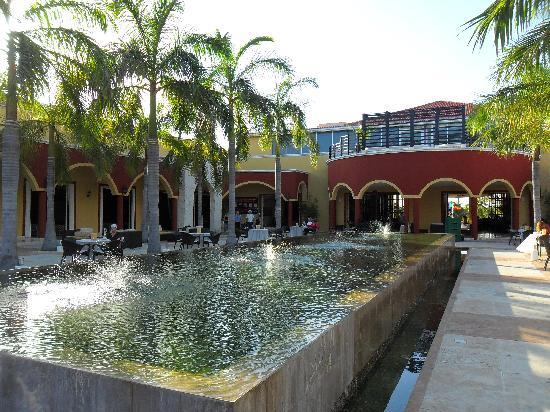 Ocean Maya Royale: Aire près du lobby