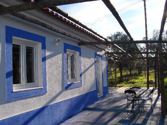 Monte Dos Pensamentos: Our outbuilding