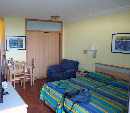 Hotel Folias: Room