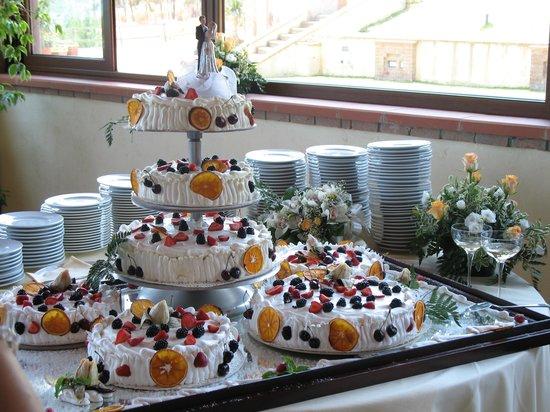 Villa San Pietro, Italien: la torta