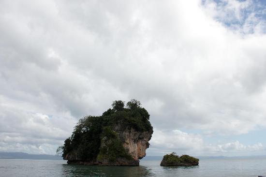 Haitises national park: small island