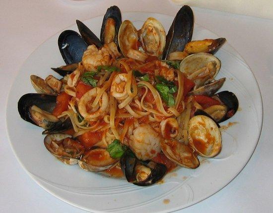Anna Maria Pasteria: Seafood dish
