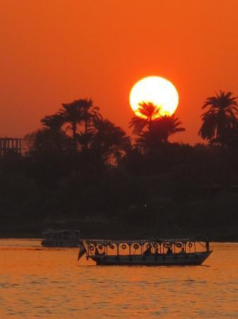 Sonesta St. George Hotel Luxor : Esta es la vista desde el Sonesta St George!!