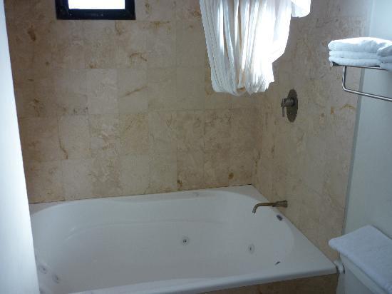 Hotel Manglares : Jacuzzi