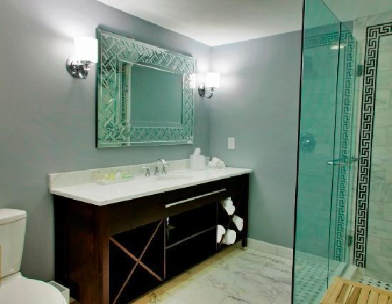 The Siena Hotel, Autograph Collection: Siena Hotel newly renovated guest bathroom