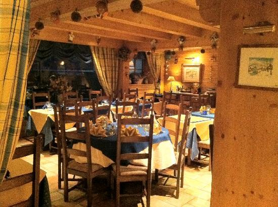 La Grange d'Arly : Dining room