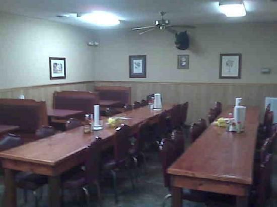 Walterboro, SC: Side Dining Area
