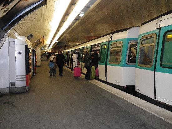 París, Francia: 地下鉄