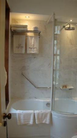 Kalavasos, Kypros: The bathroom