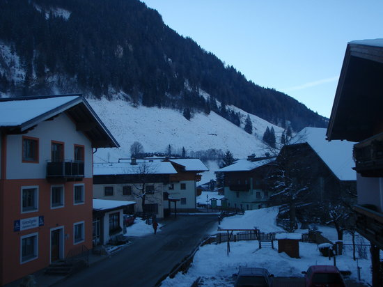 Gasthof Alpenrose: View from balcony