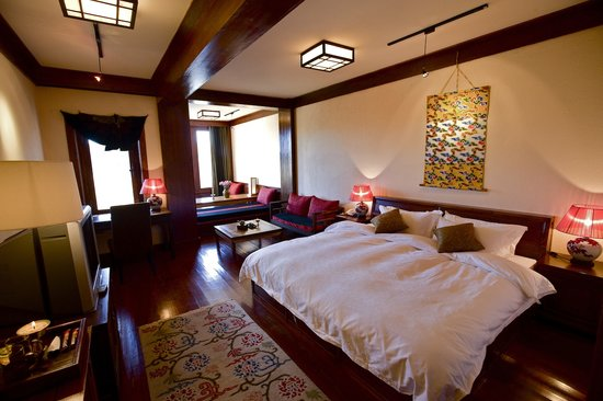 Songtsam Shangri-la (Lugu) Hotel: Songtsam suite