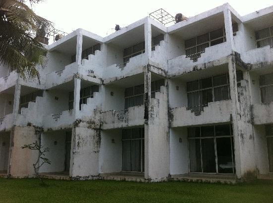 The White Haven Hotel: The rear view!