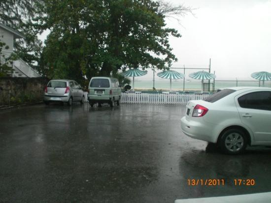 Nautilus Beach Apartments: sadview from our room in a heavy downpour. as we didnt have a terrace or balcony, we had to go i