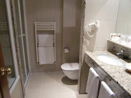 Don Antonio: Μπάνιο