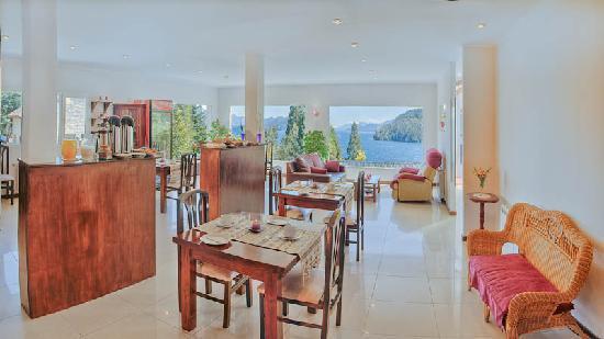 Altuen Hotel Suites&Spa: Desayunador