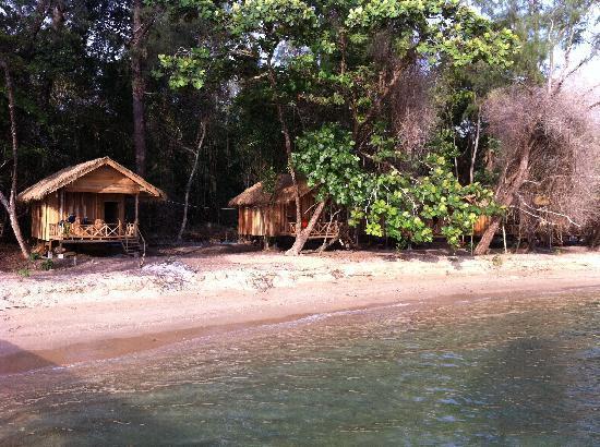 Koh Thmei Resort: blick vom meer her aufs resort