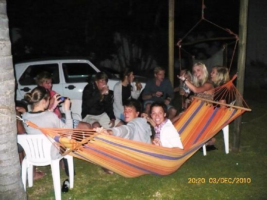 Amakaya Backpackers & Apartments: Hammock relaxation