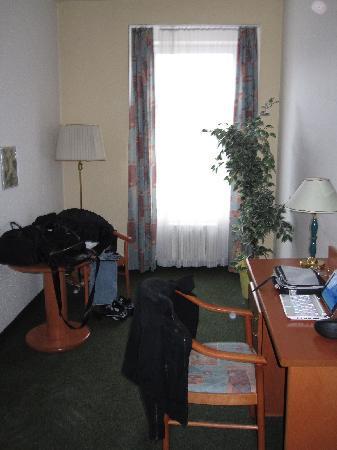 Hotel Merkur: anticamera