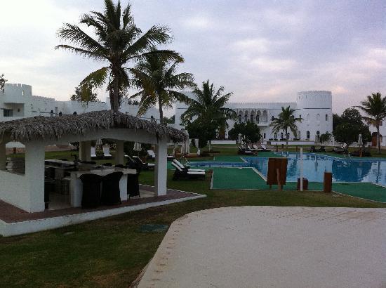 Sohar, Oman: piscine de jour