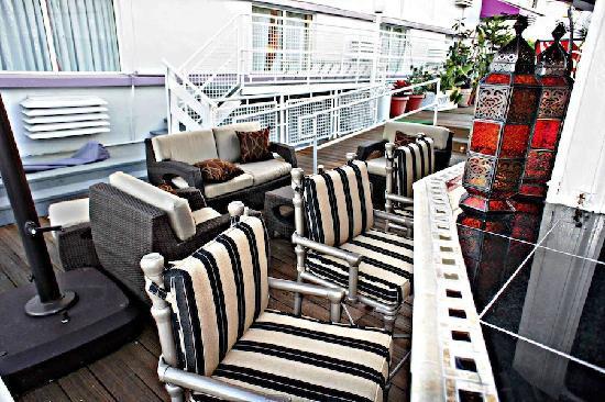 Pegasus International Hotel: Sun deck view