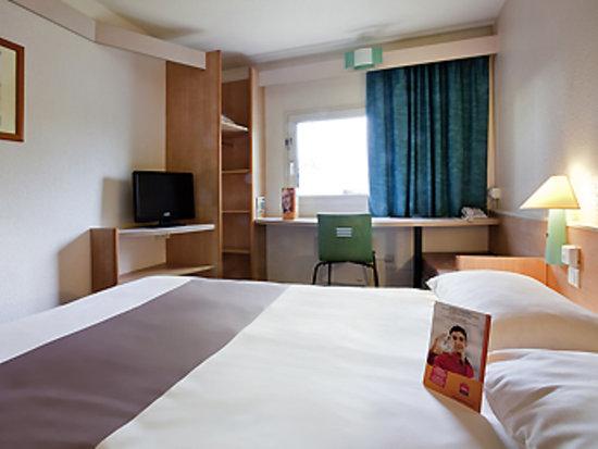 布盧瓦谷地美拉德宜必思酒店照片