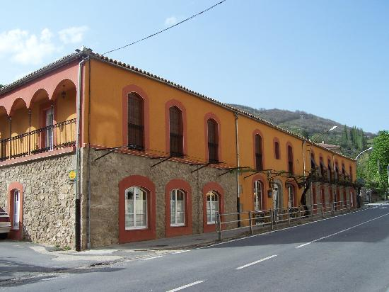 Banos de Montemayor, Spanje: Esta esquina esta junto al Balneario
