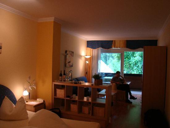 Ramsau, Germany: Blick durchs Zimmer
