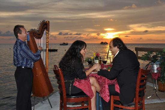 Casanova by the Sea: Romantic Waterfront Dining