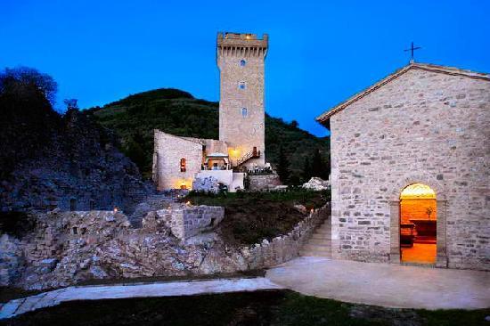 La Rocca dei Trinci: panorama esterno