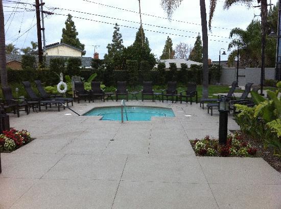 Crowne Plaza Costa Mesa Orange County: Hot Tub