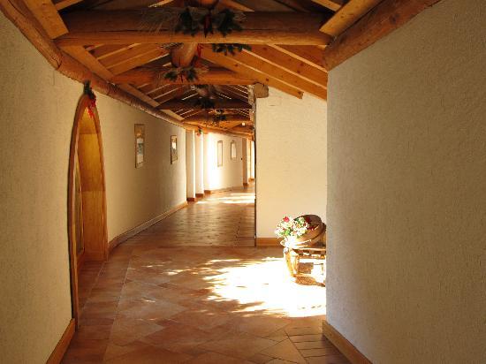 Hotel Notre Maison : corridoio interno