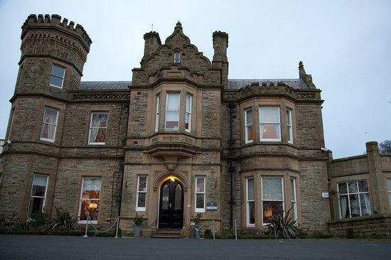 Hollin Hall Hotel: Hotel Front Door