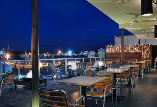 The Freeport Inn and Marina: Patio Exterior
