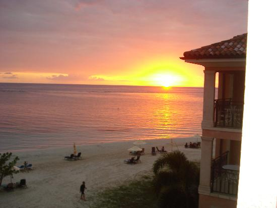 Sandals Whitehouse: Beautiful Sunsets