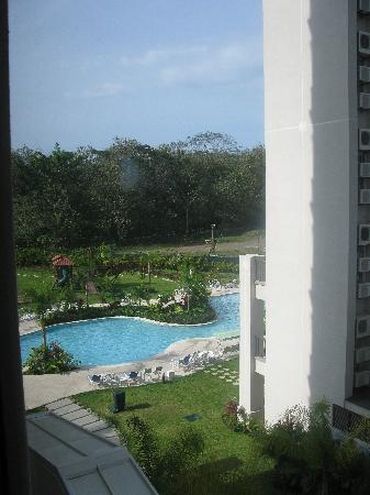 Jaco Bay Resort Condominium: view of pool from our window