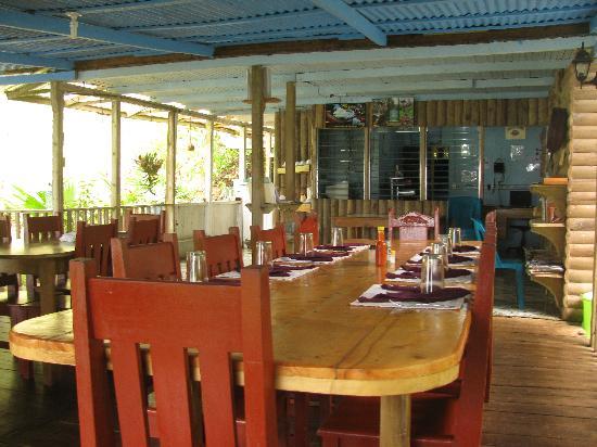 Cabinas El Mirador Lodge: Dinning area