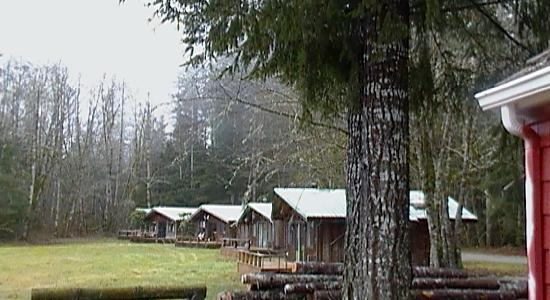 Glacier Peak Resort & Eatery: Some of the themed cabins