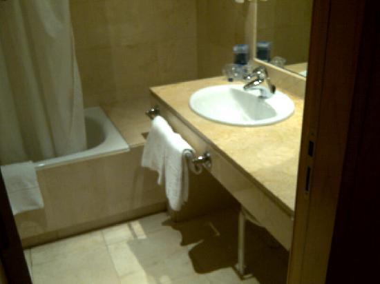 Tryp Alameda: Cuarto de baño
