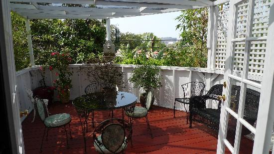Garden Cottage B & B : Terrace