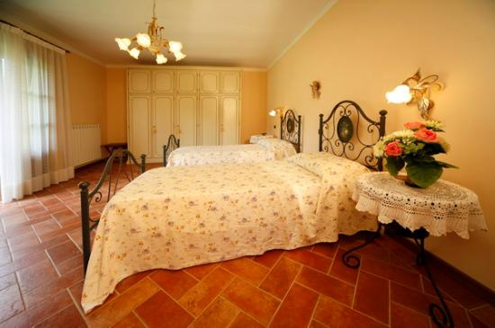 Pruneta di Sopra : One of the 4 bedrooms