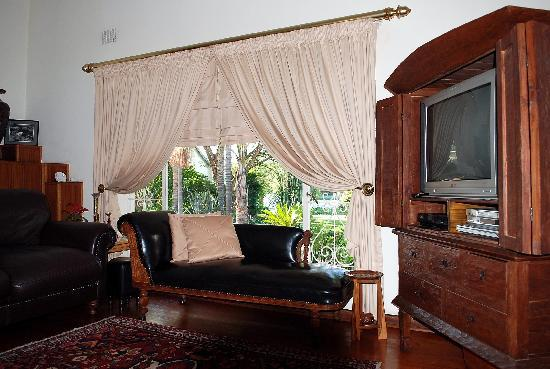 Natanja Guest House & Self-catering: Relaxing guest lounge area