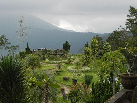 Bali, Indonesia: Real Heaven..near the active volcano