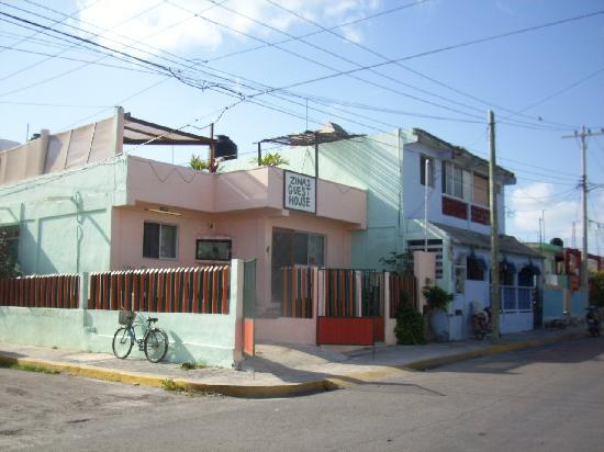 Zina's Guest house